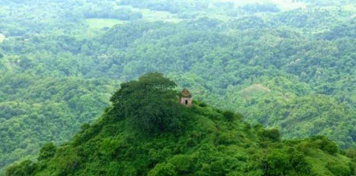 সীতাকুণ্ড- মন জুড়ানো নৈসর্গিক পাঠশালা